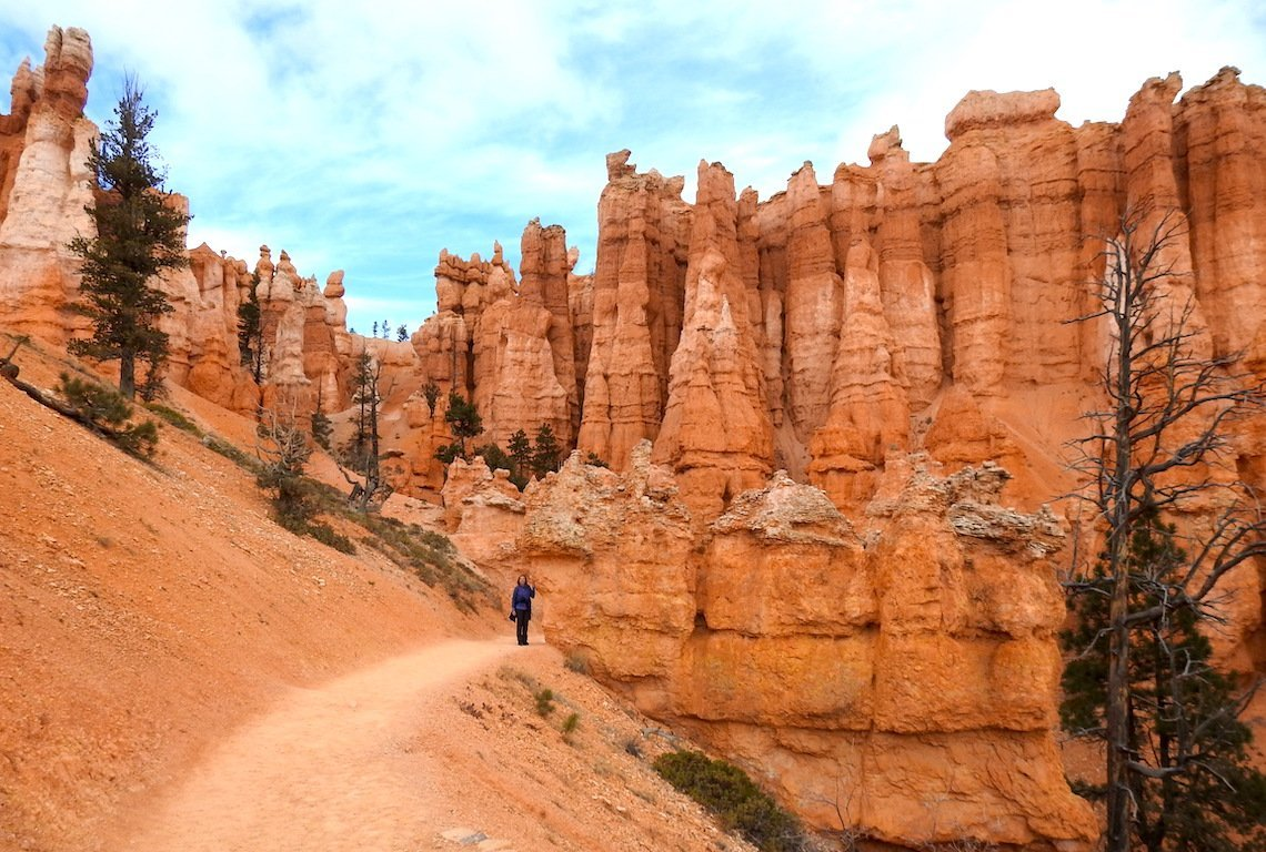 Queens Garden and Navajo Loop Trail in the Bryce Canyon.